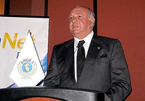 Luís Giampietri (vice presidente del Perú)
