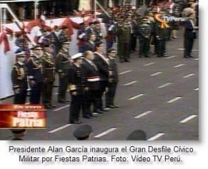 alan-garcia-en-desfile-militar