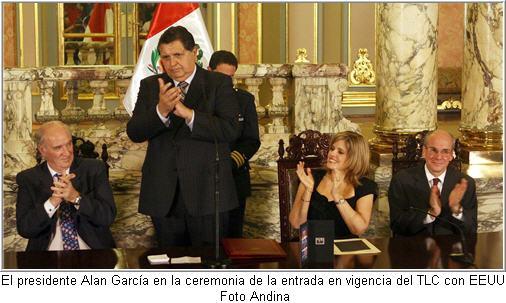 el-presidente-alan-garcia-encabeza-ceremonia-en-palacio-de-gobierno-con-motivo-de-la-entrada-en-vigencia-del-tlc-con-eeuu-foto-andina