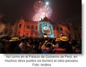 Fuegos Artificiales en Palacio de Gobierno Perú