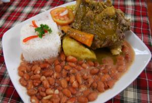 seco de res, plato tipico peruano