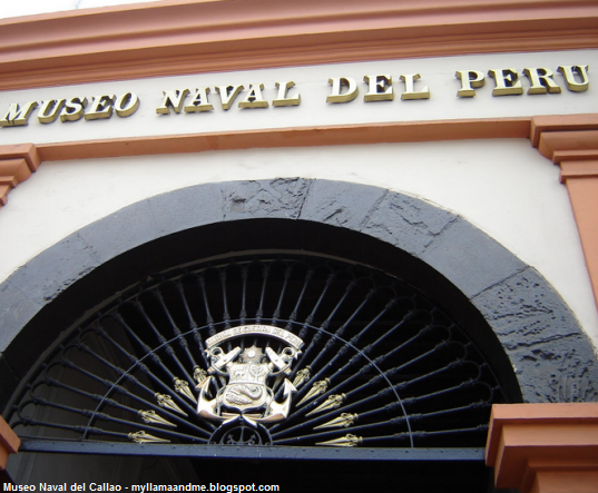 entrada del museo del Callao
