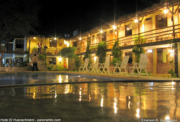 hotel en la Laguna de la Huacachina