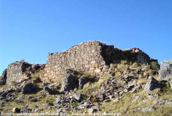 Sitio arqueolkógico en Ancash