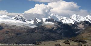 cadena de montañas en Lima