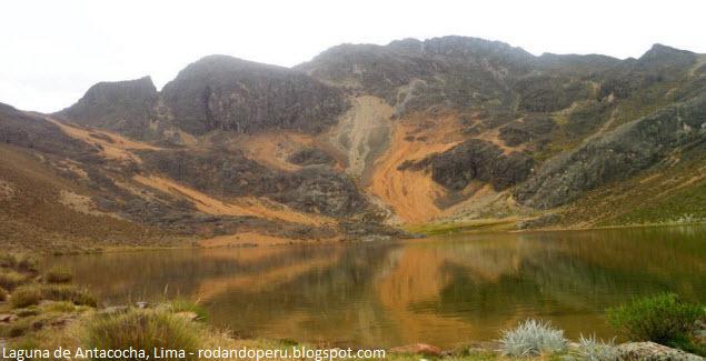 laguna de Antacocha en la región Puna