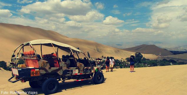Full velocidad en tubulares y sandboarding en las dunas de Ica en Full Day