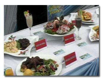 mesa con platos de ceviche
