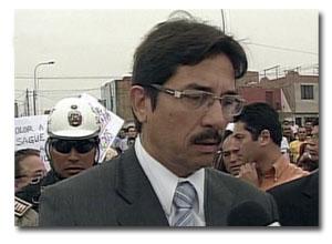 Ministro de Vicienda Cornejo