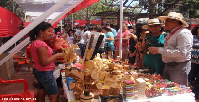 Catacaos es famoso por su artesanía y gastronomía