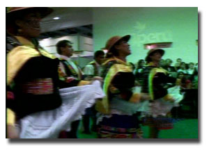danzas peruana en feria de Berlín