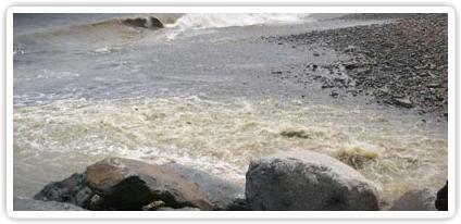Desembocadura colector Taboaca en el Callao