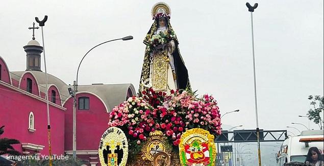 Imagen de Santa Rosa de Lima en procesión 30 de agosto