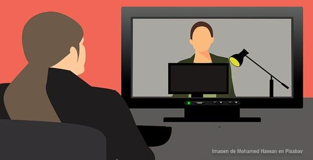 Enseñar español a extranjeros online desde Perú (imagen clase a distancia vía Mohamed Hassan en Pixabay)