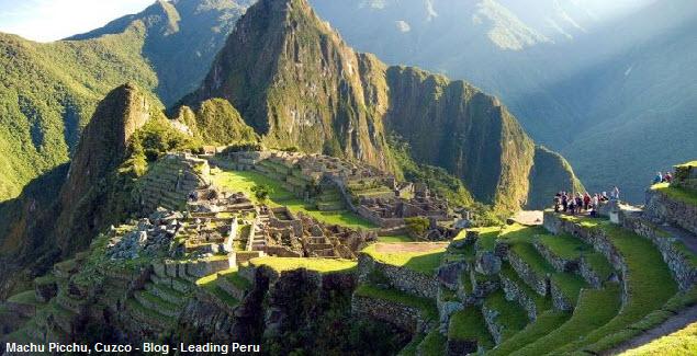 Vista panorámica del santuario de Machu Picchu