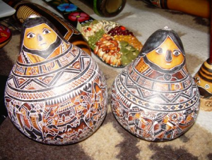 Artesanía de mate burilado en Huancayo