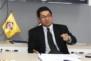 Foto del alcalde de San Miguel Salvador Heresi