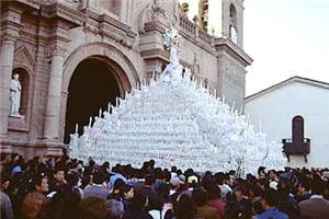 Festividades religiosas en Huamanga