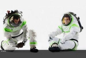 traje de astronauta similar al de Buzz Lightyear