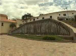 plaza principal en barrio san blas en cusco