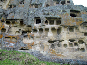 tumbas en Cajamarca