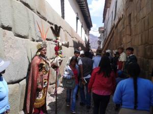 La calle Hatun Rumiyoc en Cusco