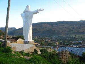 peregrinacion y misa en Cristo redentor de Lamud