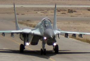 Exhibicion de aviones en museo aeronautico en Lima