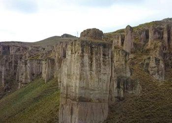 Castillos Ecantados de Callalli en Arequipa