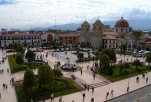 plaza principal de Huancayo