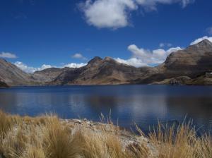 Laguna de Truchas en la Sierra Peruana