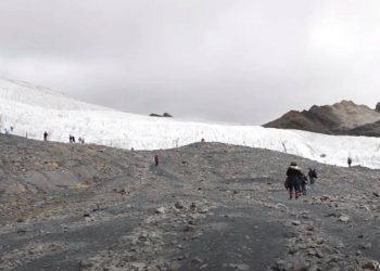 Nevado Pastoruri afectado por el cambio climático