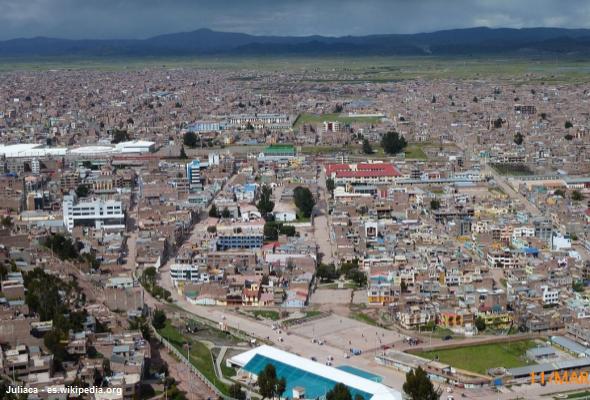 Juliaca cerca al Lago Titicaca