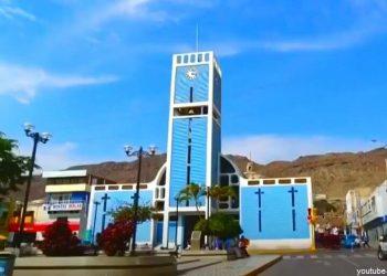 Vista de la Iglesia San Sebatián en la Plaza de Armas de Chepén en La Libertad