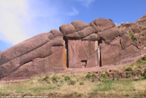 Puerta del diablo en Puno