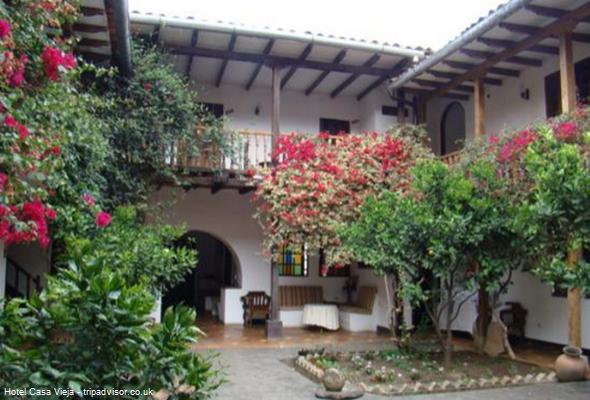Patio principal del hotel Casa Vieja en Chachapoyas