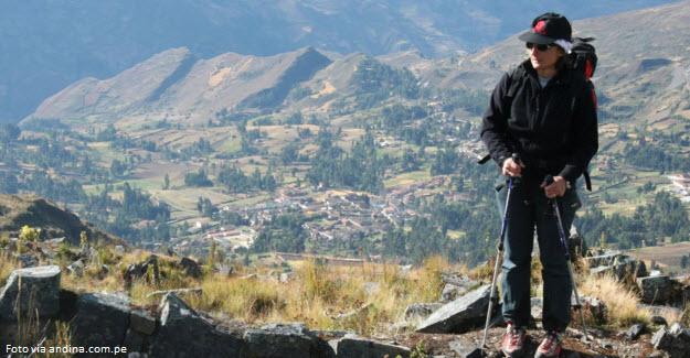 Viajero en las zonas altas de Perú