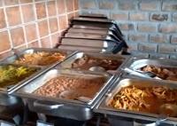 Platos fuertes de comida criolla en el Restaurante Dpaso Mamacona.