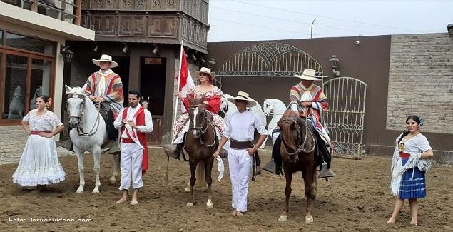 Show de Caballos de Paso en Mamacona: Restaurante Dpaso