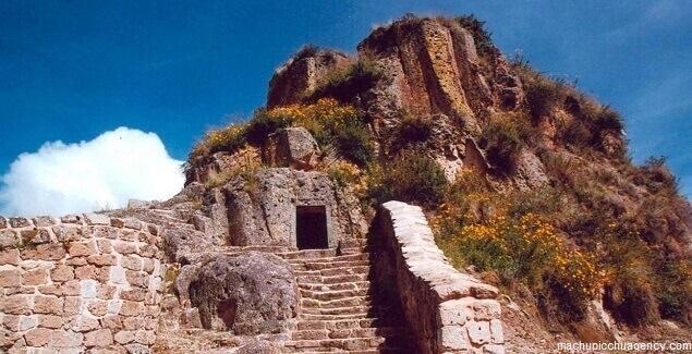 Así es la extraña Cárcel de Piedra de Haquira en Apurímac