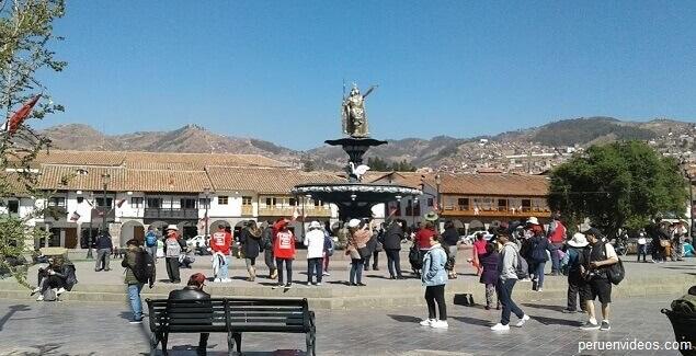 Imagen de la Fuente en el post sobre la historia de la Plaza de Armas de Cusco