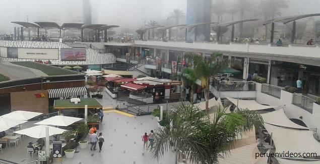 Larcomar, el centro comercial al borde del acantilado de Miraflores