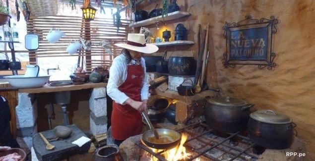 Típica cocina de una picantería de Arequipa (foto vía RPP) - La Historia del Adobo Arequipeño y Cómo Prepararlo Fácil