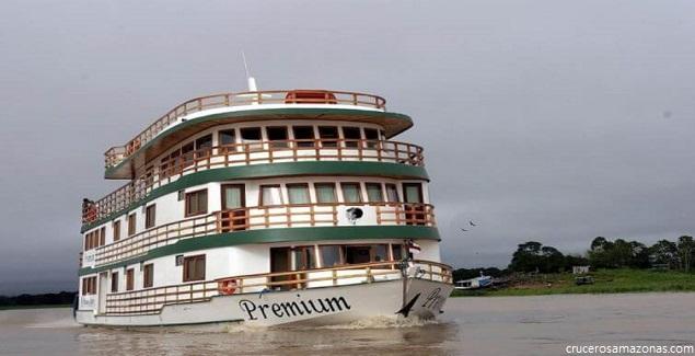 Cruceros por el Amazonas: Viaje desde Iquitos a todo lujo