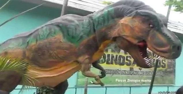 Dinosaurios en el Zoológico de Huachipa, en Lima