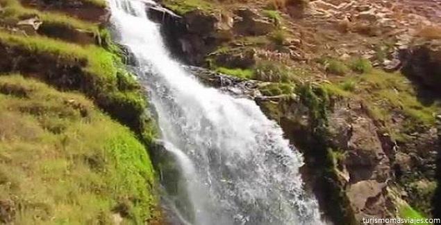 Vive el Turismo de aventura en la Catarata de Mollesaja en Moquegua