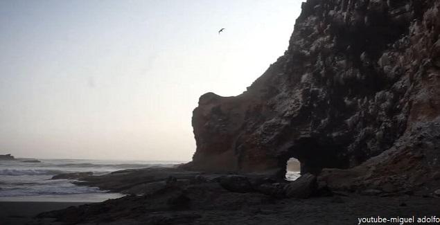 Lampay, una playa escondida muy cerca de Lima