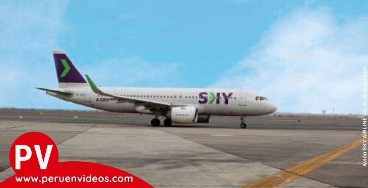 Imagen de un avión de la aerolínea SKY Airline en Perú